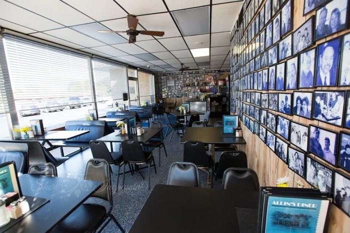 13.Allin's Diner, St. Charles