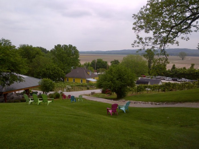 14.Yellow Farmhouse Vineyard and Winery, Defiance