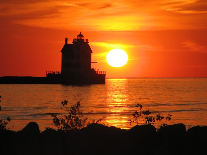 9. Sunset over Lake Erie and the Lorain Lighthouse in Lorain, OH