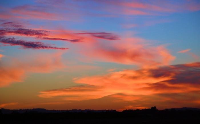 9) The sunset near Woodburn.