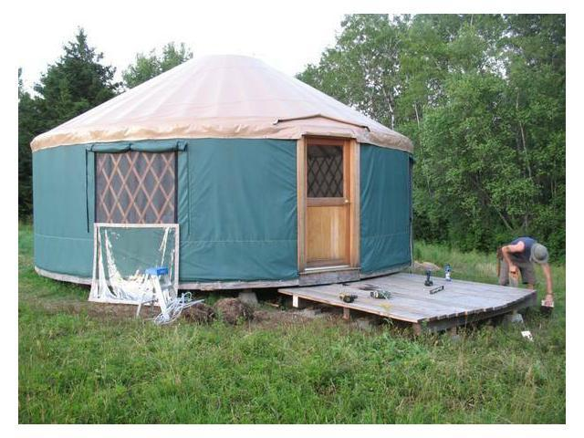 "3) This ""gently used"" yurt in Pownal, $15,000."