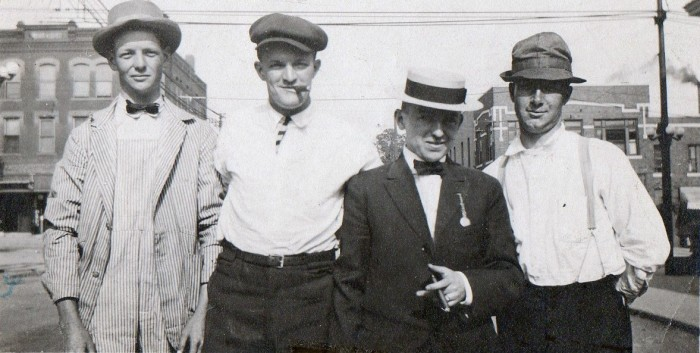 15.Irish immigrants, 1909.