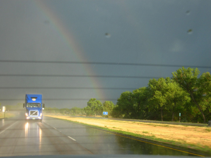 5. Do you think this trucker had a lucky day after passing under this rainbow?