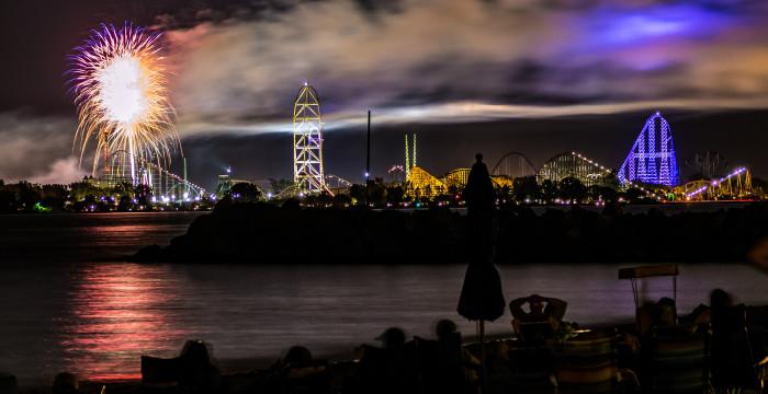 Highland Square Akron >> Stunning Photographs Of Ohio At Night