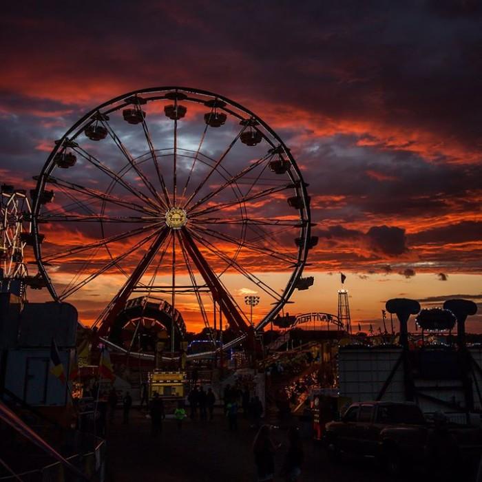 2. This breathtaking shot of nightfall at the Iowa State Fair.