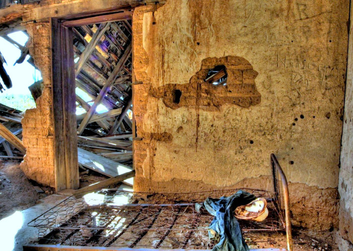 7. This view inside an old house near Wickenburg proves that abandoned houses can even look creepy in the day time.