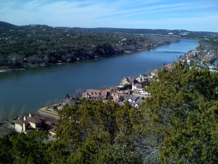 6) Beautiful shot of the Colorado River from Mount Bonnell in Austin, Texas!