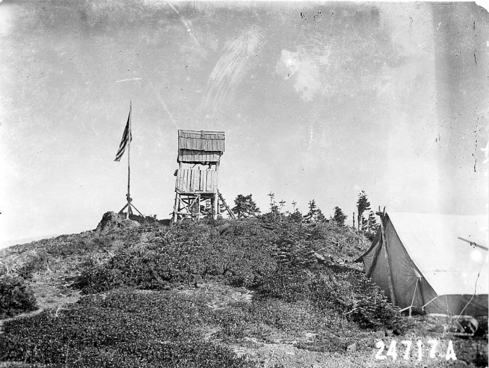 An awesome image of Bear Camp Lookout Tower.