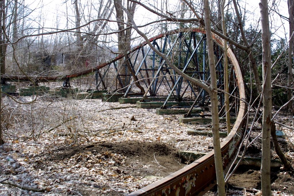 Abandoned Chippewa Lake Amusement Park In Ohio