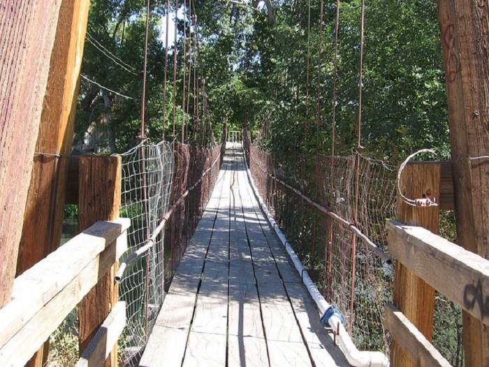 3. A suspension bridge stretched across the Truckee River in Wadsworth, Nevada.