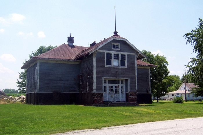 10. From a distance, this school house doesn't really look that abandoned.
