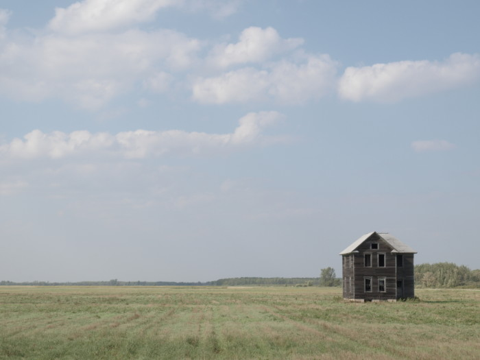 8. There's something very unsettling about old abandoned houses in the middle of a field.