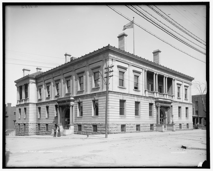 3.Public library, Kansas City, between 1900-1906.