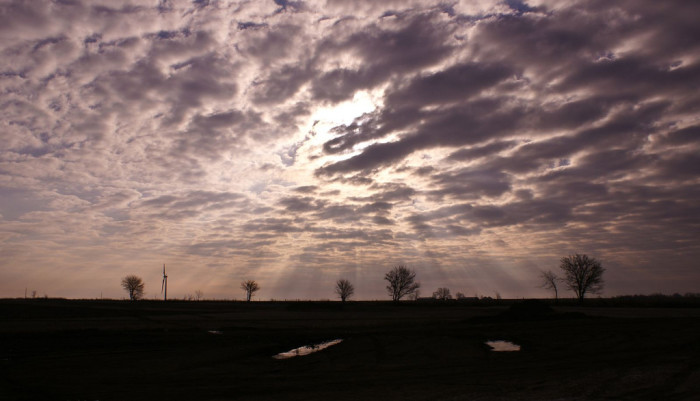 14. Another picture taken somewhere in Indiana with sunbeams that really make the picture. Do you know where this is?
