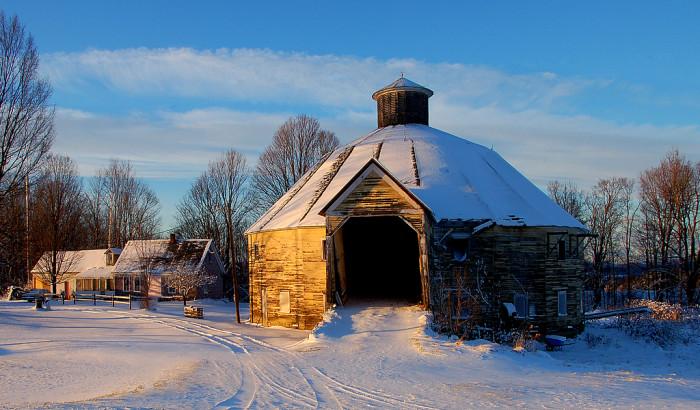 5) This uniquely round barn in Elmore.
