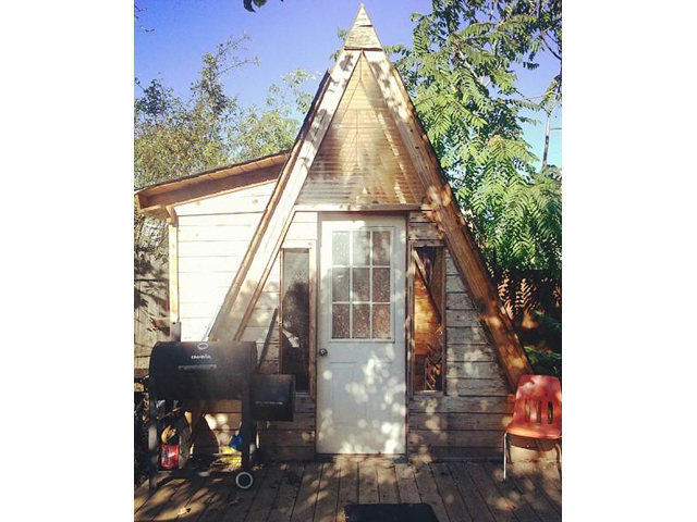 5) This A-frame cutie is for sale in Portland.