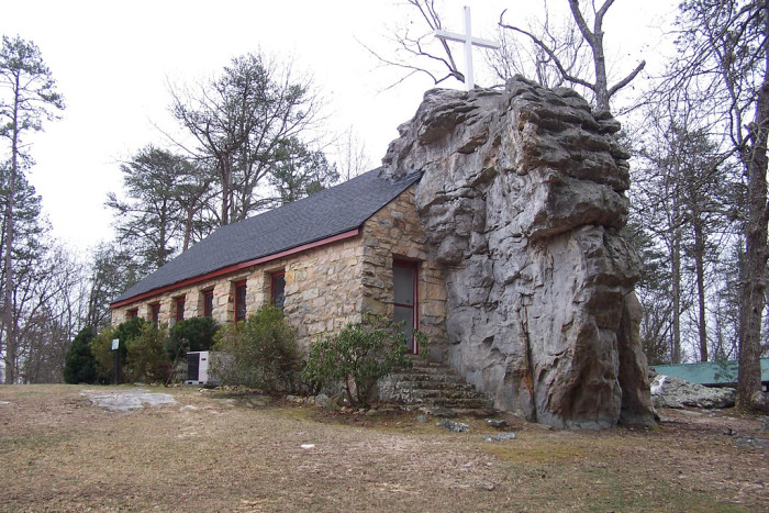 8. Sallie Howard Memorial Chapel - Mentone, Alabama