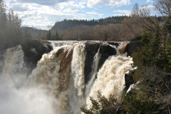 7. Pigeon River High Falls