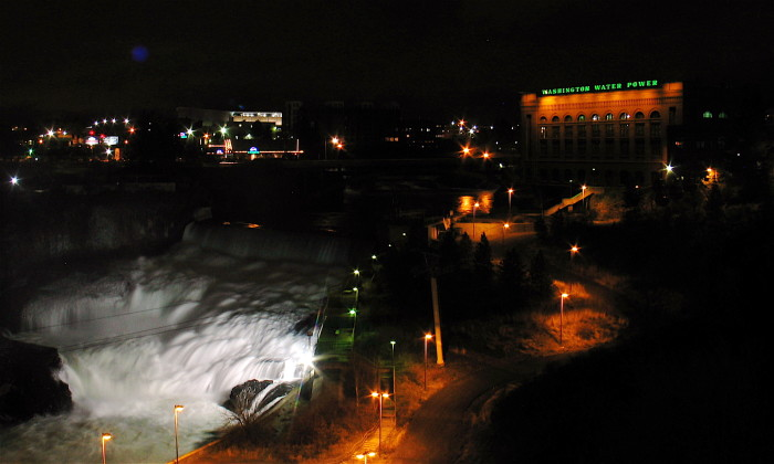 5. A dark shot of Spokane Falls, illuminated in all of the right ways.