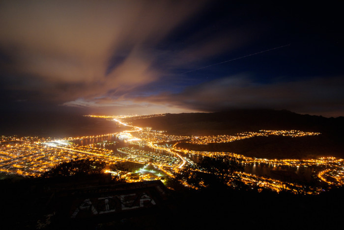 4) I can't decide which is the more beautiful aspect of this photo… the night sky, or shimmering lights of Honolulu.
