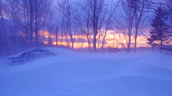 11) The best blizzard sunset you've ever seen.