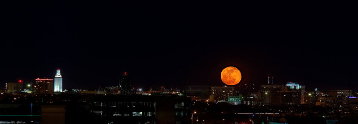 11) The burnt orange moon illuminating the sky over UT in Austin is almost too alluring for words...
