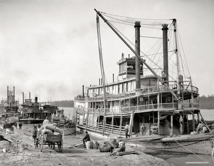 4. The Vicksburg of the 1900's -  when the population was just under 15,000.