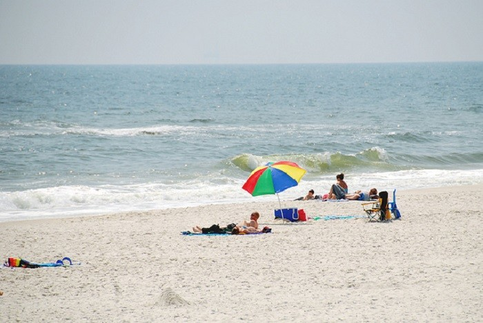 9. Alabama's Gulf Coast beaches are absolutely GORGEOUS!!! I can't imagine living in a world without them.