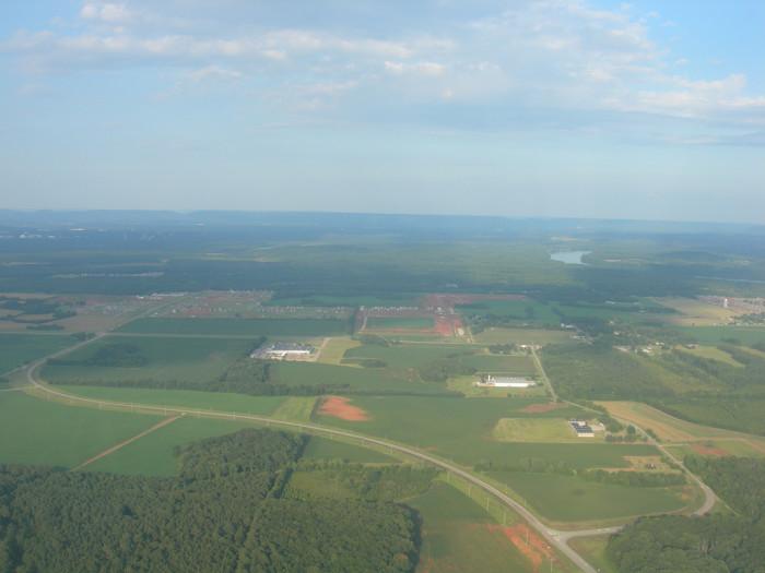 6. What a FANTASTIC view of farmland in Huntsville, Alabama!