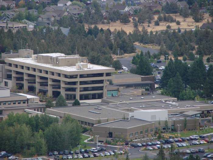 6) St. Charles Medical Center - Bend