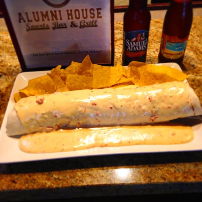 5. Alumni's House Sports Bar and Grill, Pearl