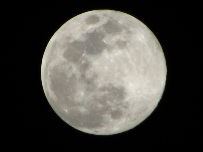 5. Even though this picture of a full moon was taken on Friday the 13th, the shot is anything but unlucky.