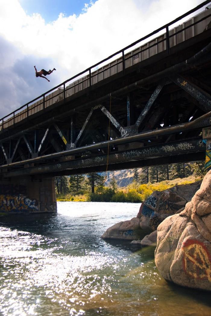 7. Farad Bridge