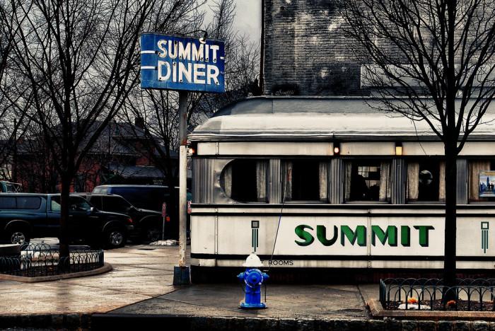 3. The Summit Diner, Summit