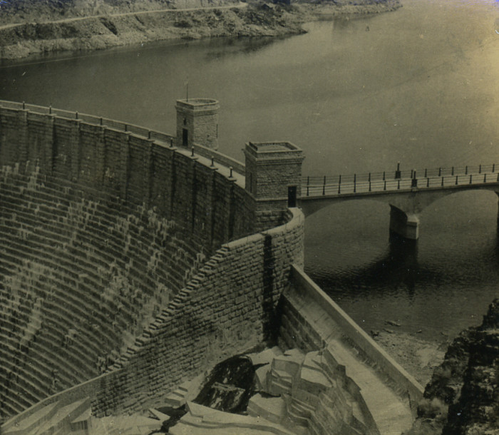 7. Here is Roosevelt Dam in 1915, a few years after its completion date. How different does it look from today?