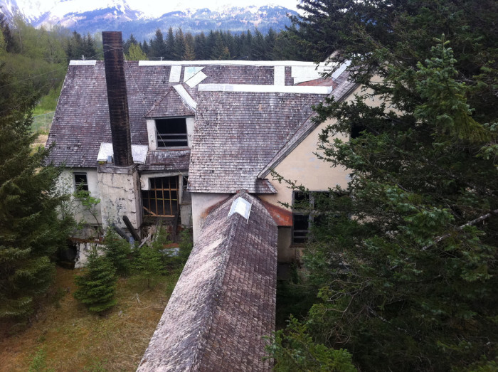 Don T Drive These Haunted Streets In Alaska