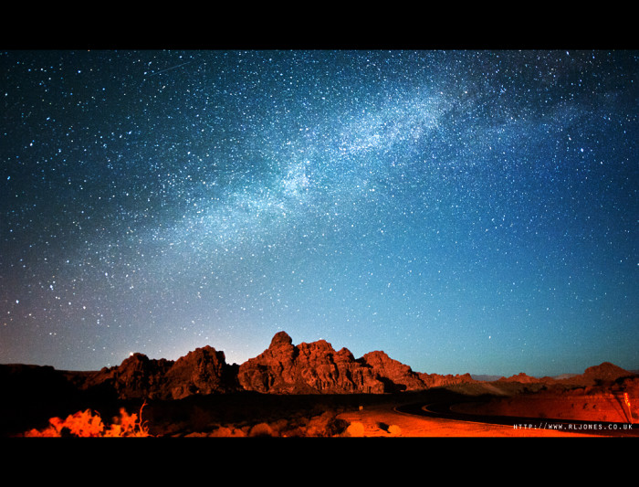 6. A starry sky overlooking the Valley of Fire State Park.