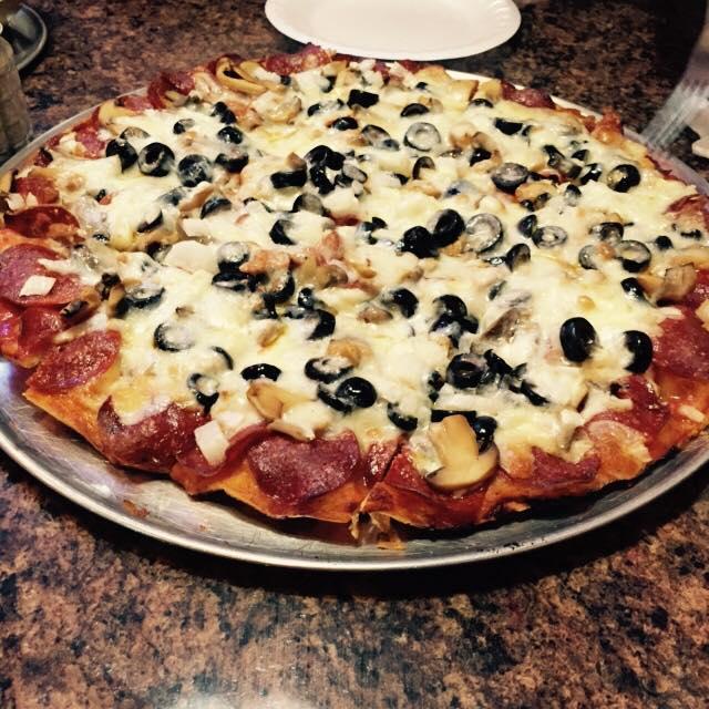 8.Leo's Pizza, Kansas City