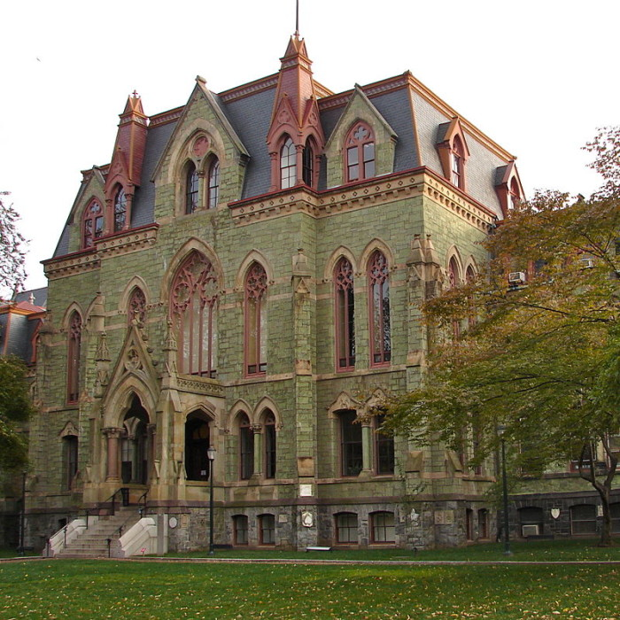 2. We have some of the coolest, spookiest gothic architecture.