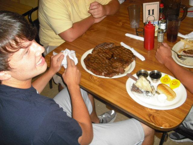 8. Duke's Steakhouse, Pelahatchie