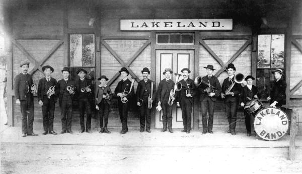 Band awaiting the arrival of President Grover Cleveland in Lakeland, 1894