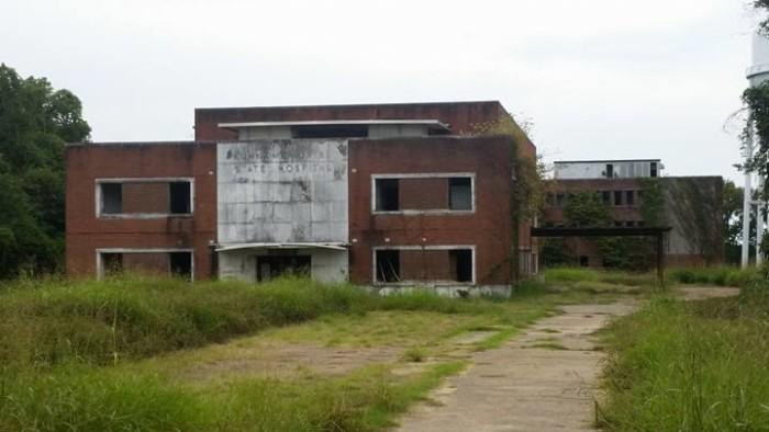 8. Kuhn Memorial State Hospital, Vicksburg