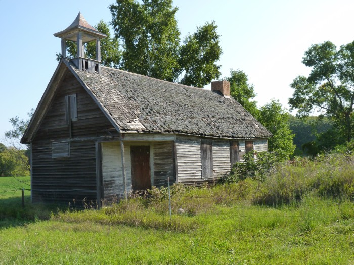 4. This old home in West Central MN is probably host to a whole bunch of creepy crawlies, not to mention a ghost or two!