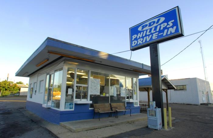 9. Phillips Drive In (P.D.I.), Laurel