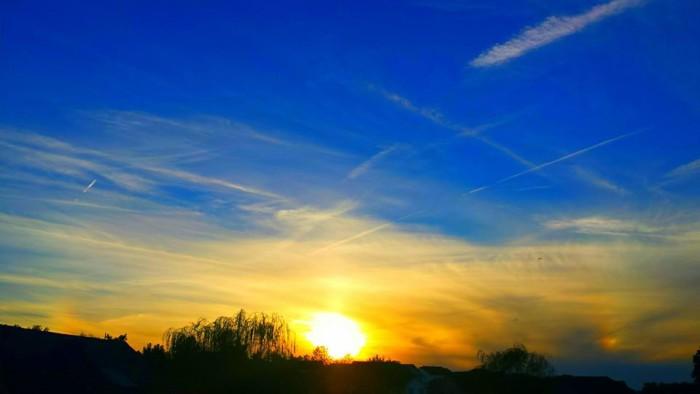 3. A Mount Washington sunset via Paul and Dana Fincher.