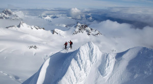 8 Terrifying Views In Alaska That Will Make Your Palms Sweat