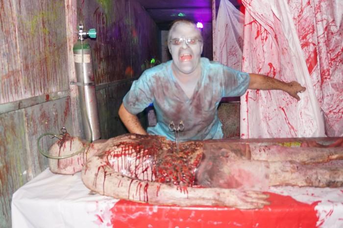 9 Terrifying Haunted Houses In Alabama