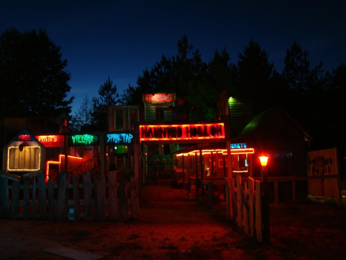 haunted hollow valley - Halloween Attractions In Alabama