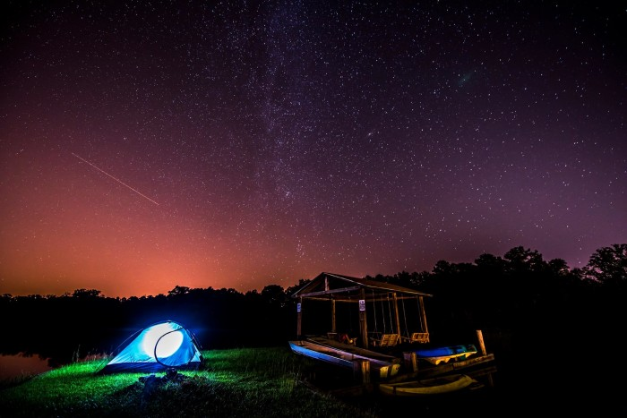 9. This magical photo was captured at Lake Irene in Troy, Alabama during the Perseid meteor shower.