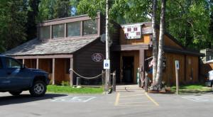 10 Amazing Restaurants In Alaska Where Kids Eat Free